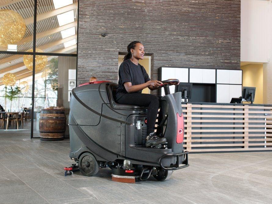 viper as710r as710r compact krachtig en makkelijk te gebruiken rideon schrobzuigmachine